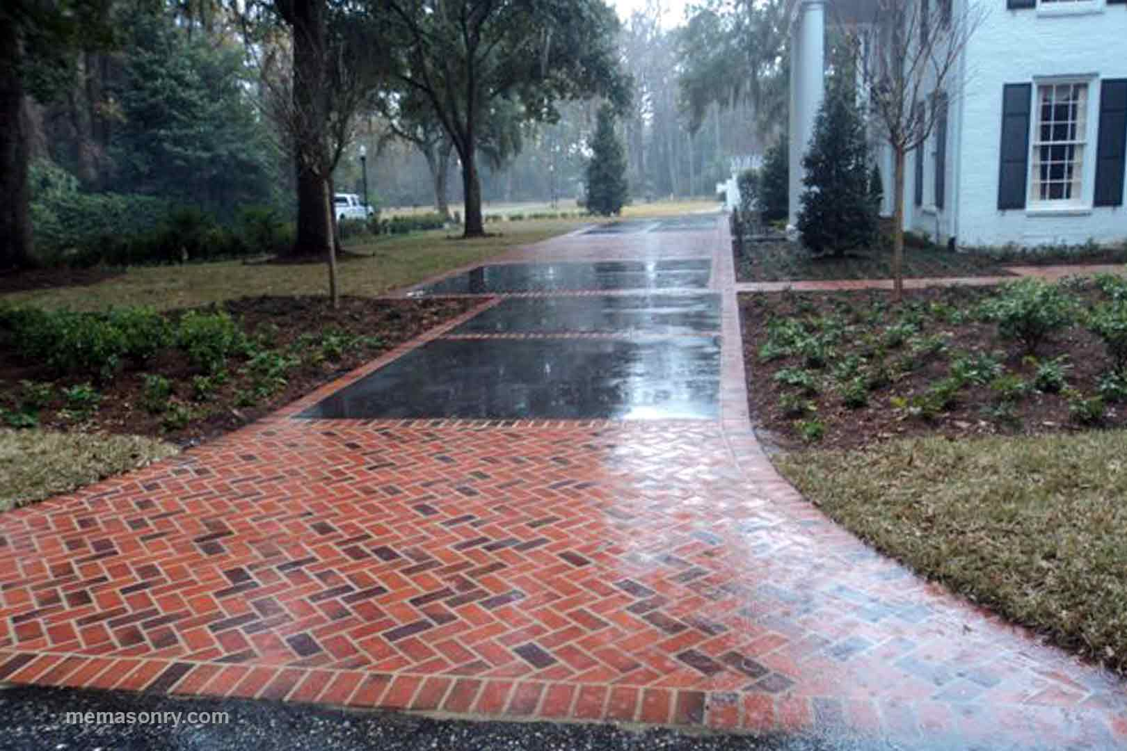 M&E Masonry & Sons brick pavers project 3